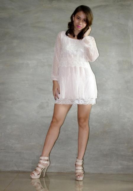 Get Laud lace dress